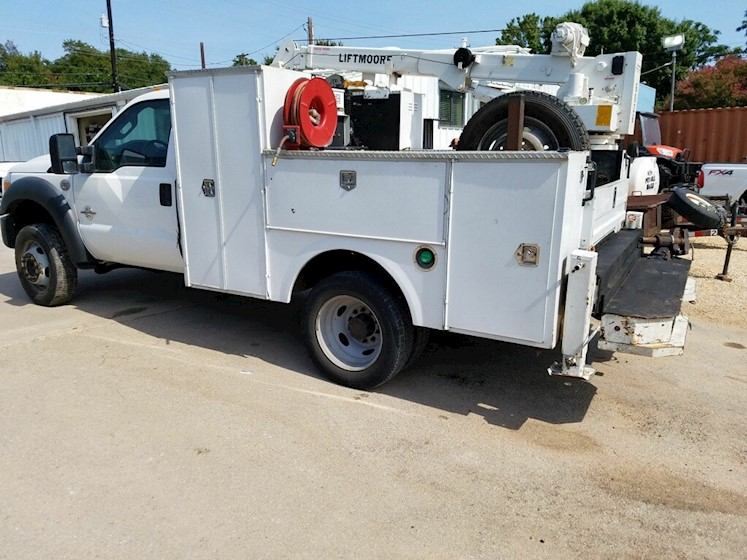 2012 Ford F-450 - Ford Cranes