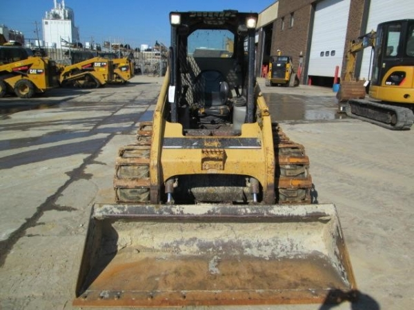 2005 Caterpillar  246B - Caterpillar Loaders