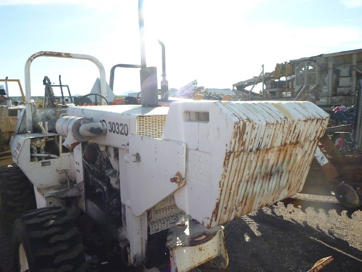 Ditch Witch 6510 Trencher 2719 - Ditch Witch Excavators