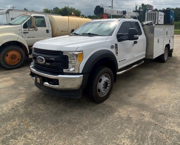 2017 Ford F550 Service Body - Ford Cab Chassis Trucks