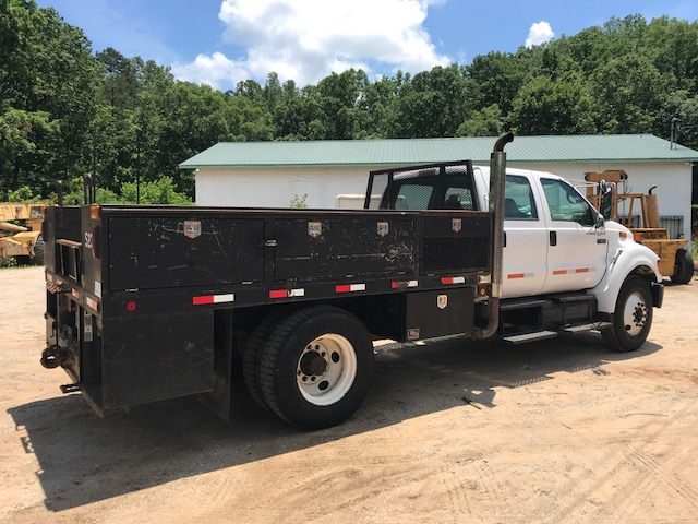 2004 Ford F650 XL Service Truck - Ford Cab Chassis Trucks