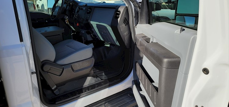 2012 Ford F550 - Ford Other Trucks & Trailers