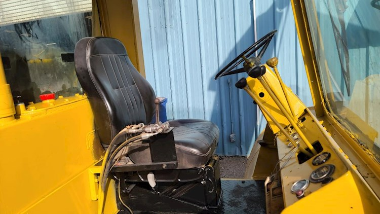 1983 Hyster H330B - Hyster Forklifts