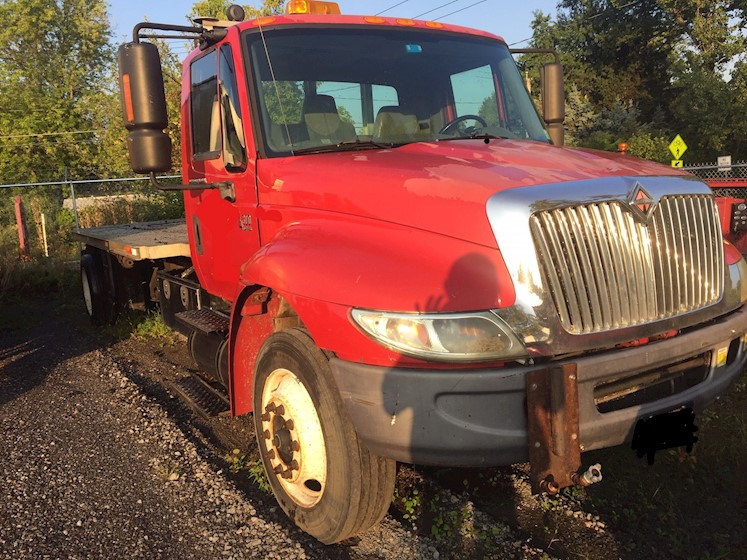 2006 International 4300 Flatbed - International Cab Chassis Trucks