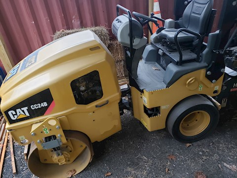 2015 Caterpillar CC24B - Caterpillar Compactors
