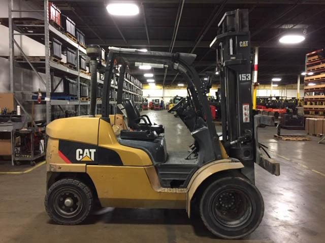 2014 Caterpillar PNEUMATIC FORKLIFT - Caterpillar Forklifts