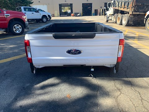 2019 Ford F350 (pickup bed with tailgate) - Ford Multi-Purpose Truck