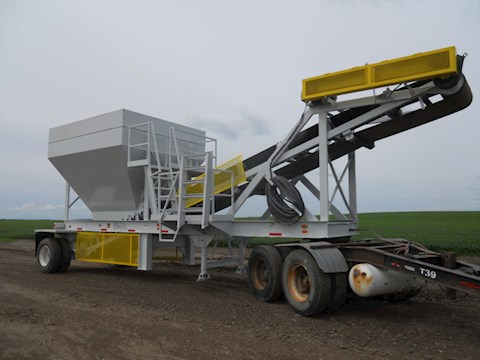 Hikon 30 YARD SURGE BIN - Hikon Aggregate Equipment