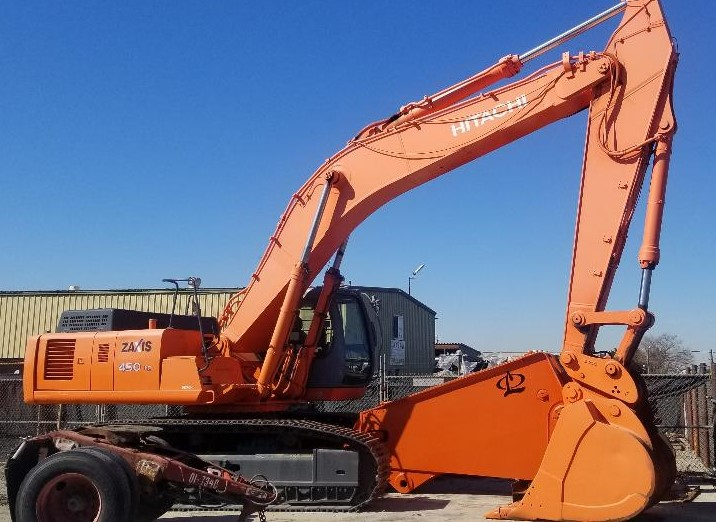 Hitachi Excavators at Machinery Marketplace