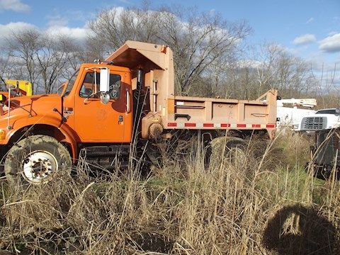 International 4900  4X2 - International Dump Trucks