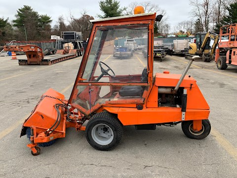 1992 Jacobsen Turf Cat II - Jacobsen Multi-Purpose Truck