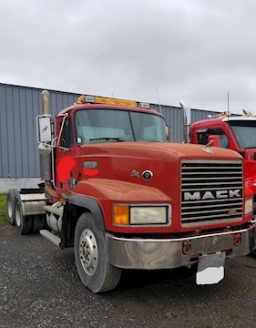 Mack CL713 Road Tractor - Mack Cab Chassis Trucks