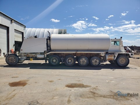 1991 OshKosh 4K Gallon Water Truck w/Berkley  Hydraulic Water Pump (2626) - OshKosh Water Trucks