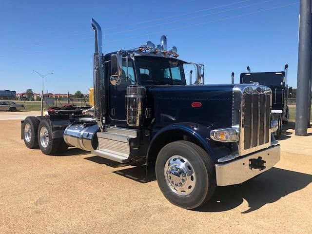 Peterbilt 389 Heavy Duty Day Cab - Peterbilt Freight Trucks