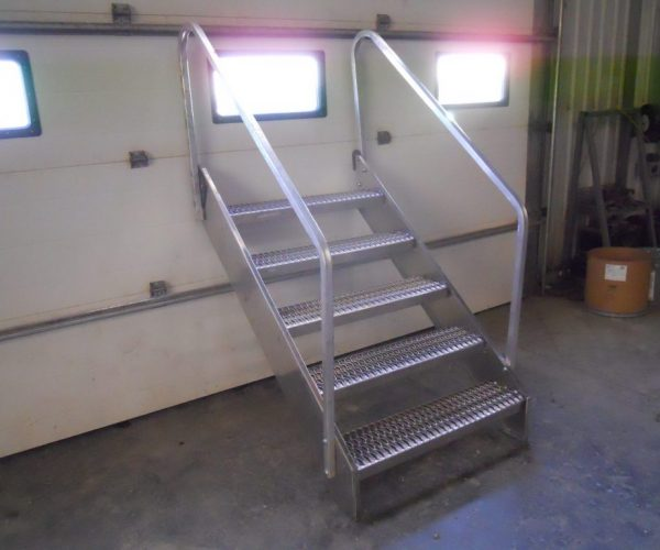 "RLC Aggregate Equipment 36"" ALUMINUM STEPS - RLC Aggregate Equipment Aggregate Equipment"