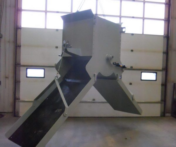 RLC Aggregate Equipment CONVEYOR MOUNTED SPLITTER CHUTE - RLC Aggregate Equipment Aggregate Equipment
