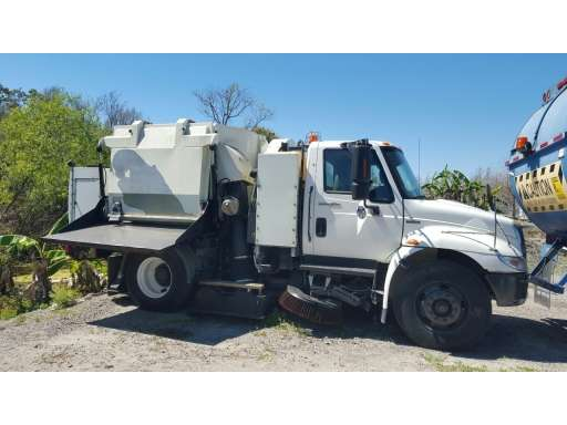 Tymco 500X - Tymco Sweepers & Broom Equipment